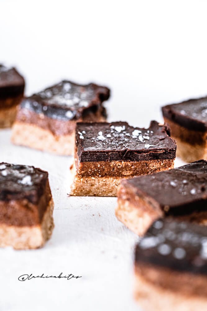 No-bake salted chocolate orange Bars with almond flour