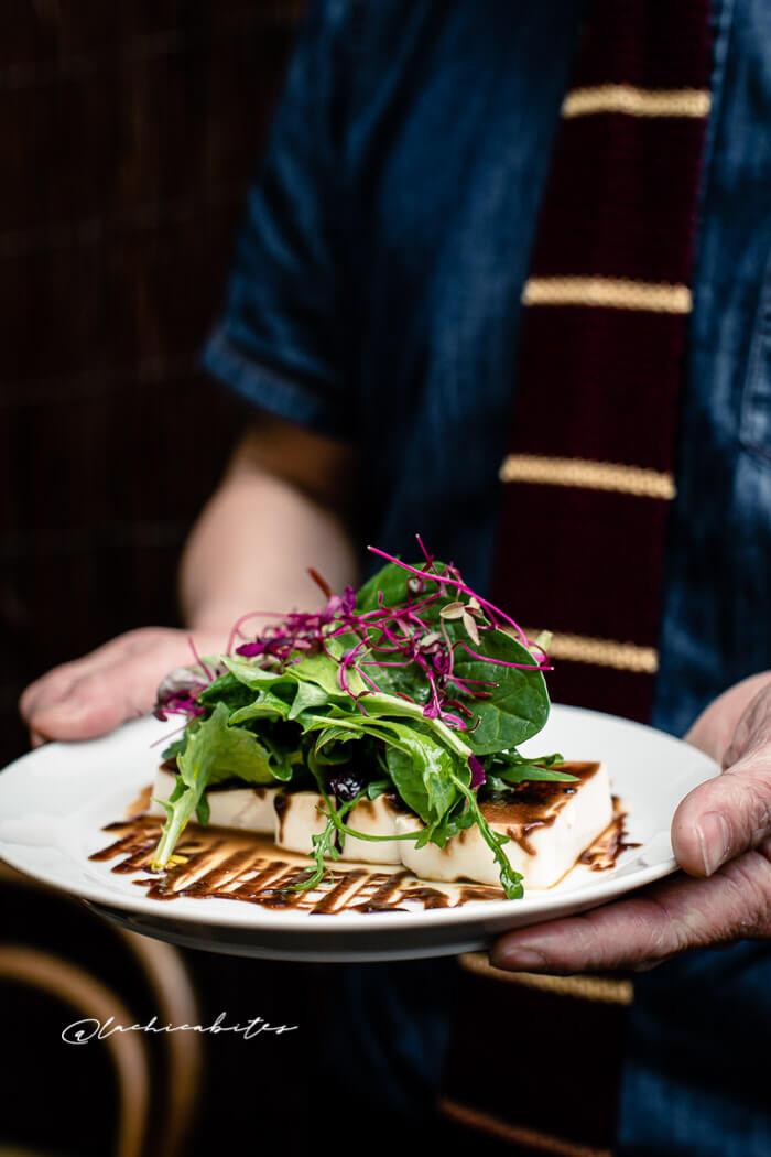 LaChicaBites-FoodPhotography_Japanese Restaurant Vegan Salad. @lachicabites