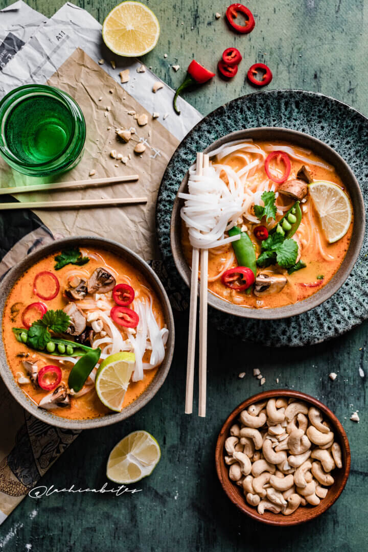 Best Thai red curry with noodles and coconut -Two bowls